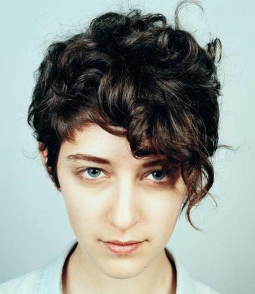 Short-Curly-Hair-5