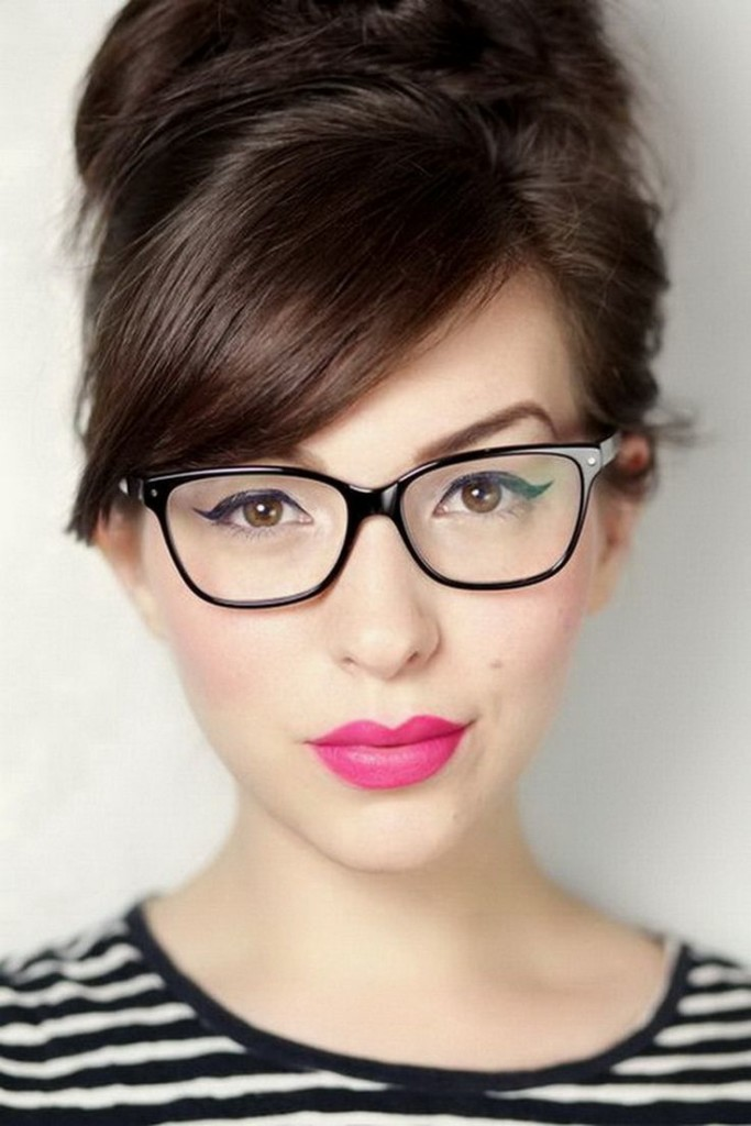 bangs-with-glasses-hairstyles-12