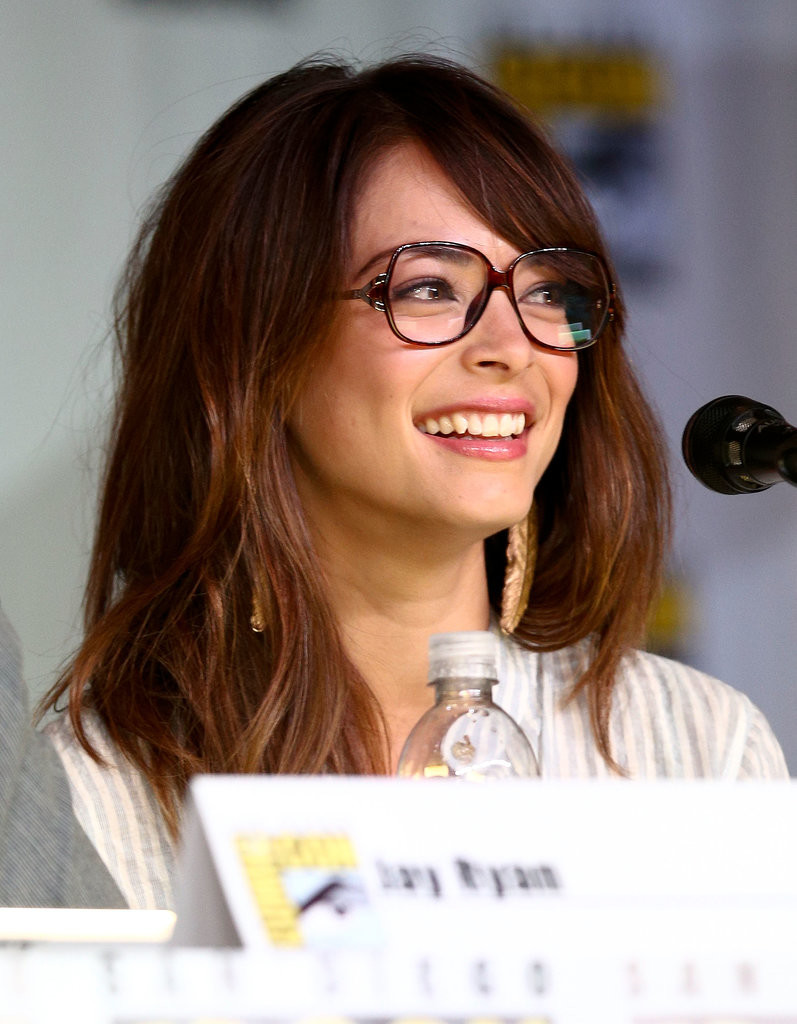 bangs-with-glasses-hairstyles-13