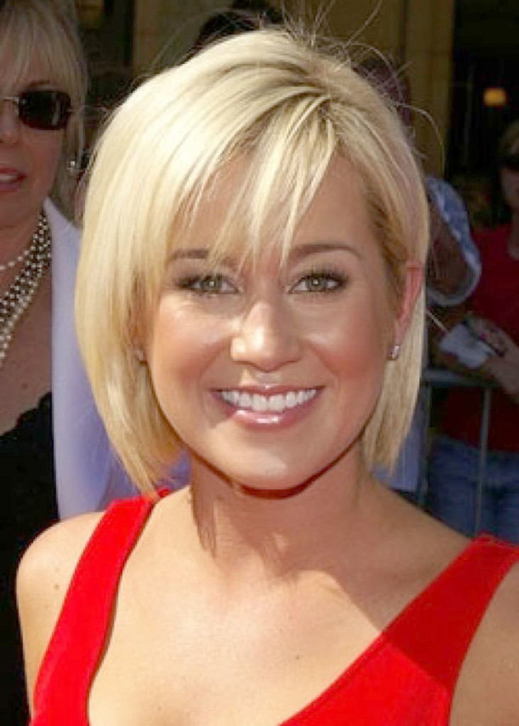 Awesome 11 Best Hairstyles For A Round Face And Thin Hair Ready To Shine Short Hairstyles Gunalazisus