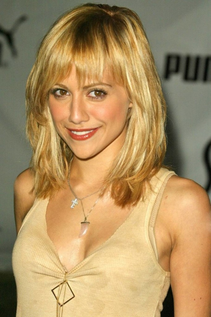 blonde-hairstyles-with-bangs-11