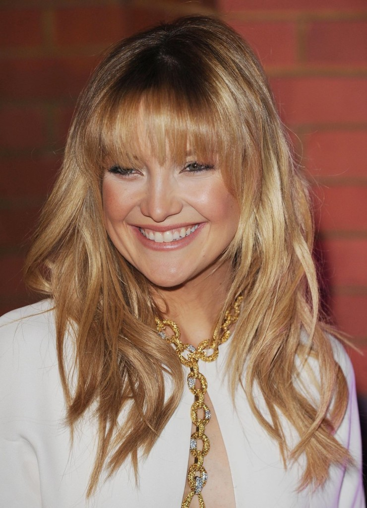 blonde-hairstyles-with-bangs-21