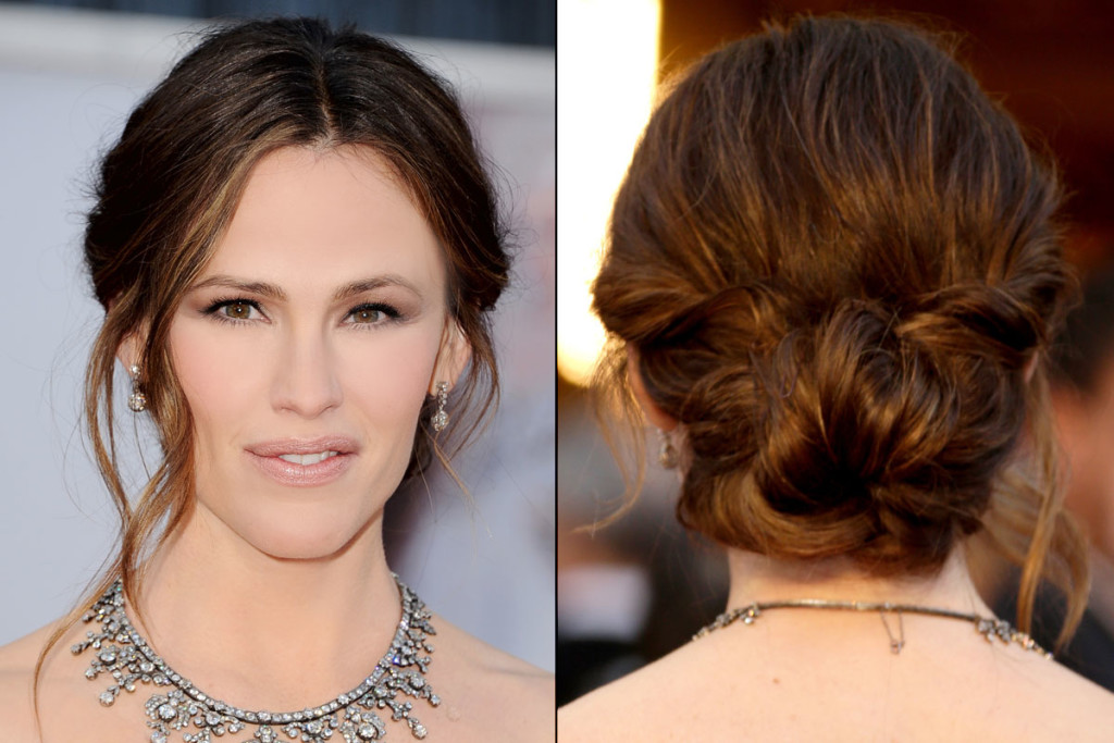 bun-hairstyles-with-bangs-28