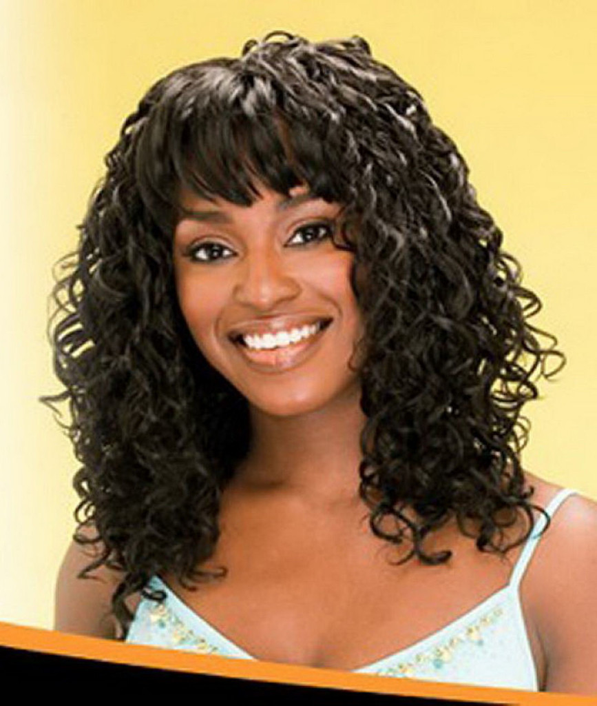 curly-hairstyle-with-bangs-17