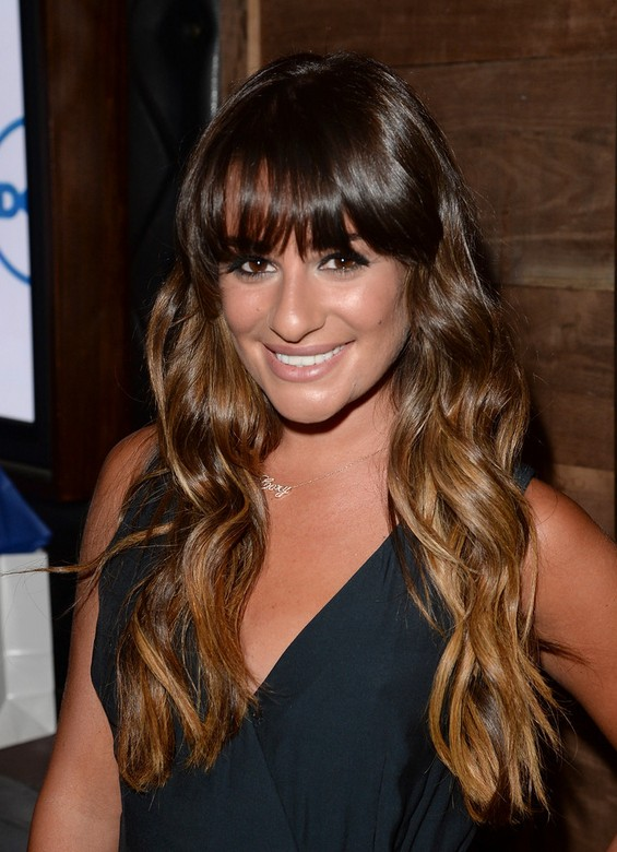 hairstyles-for-long-hair-with-bangs-15