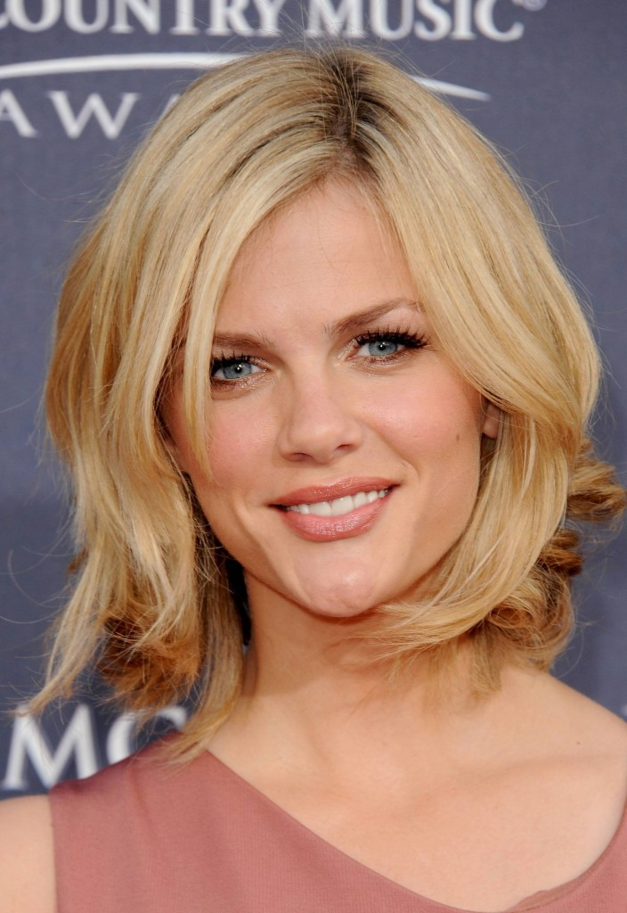 top 12 shoulder length hairstyles for people having thin