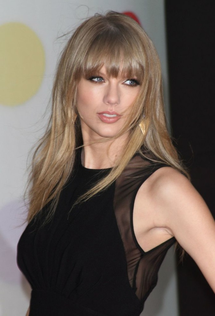 hairstyles-for-straight-hair-with-bangs-14