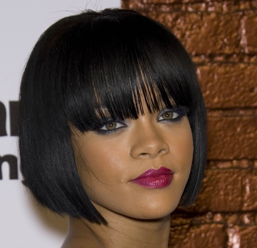 long-black-hairstyles-with-bangs-12