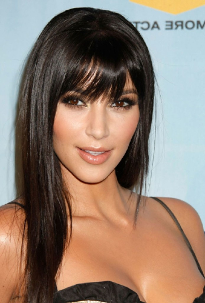 long-black-hairstyles-with-bangs-13