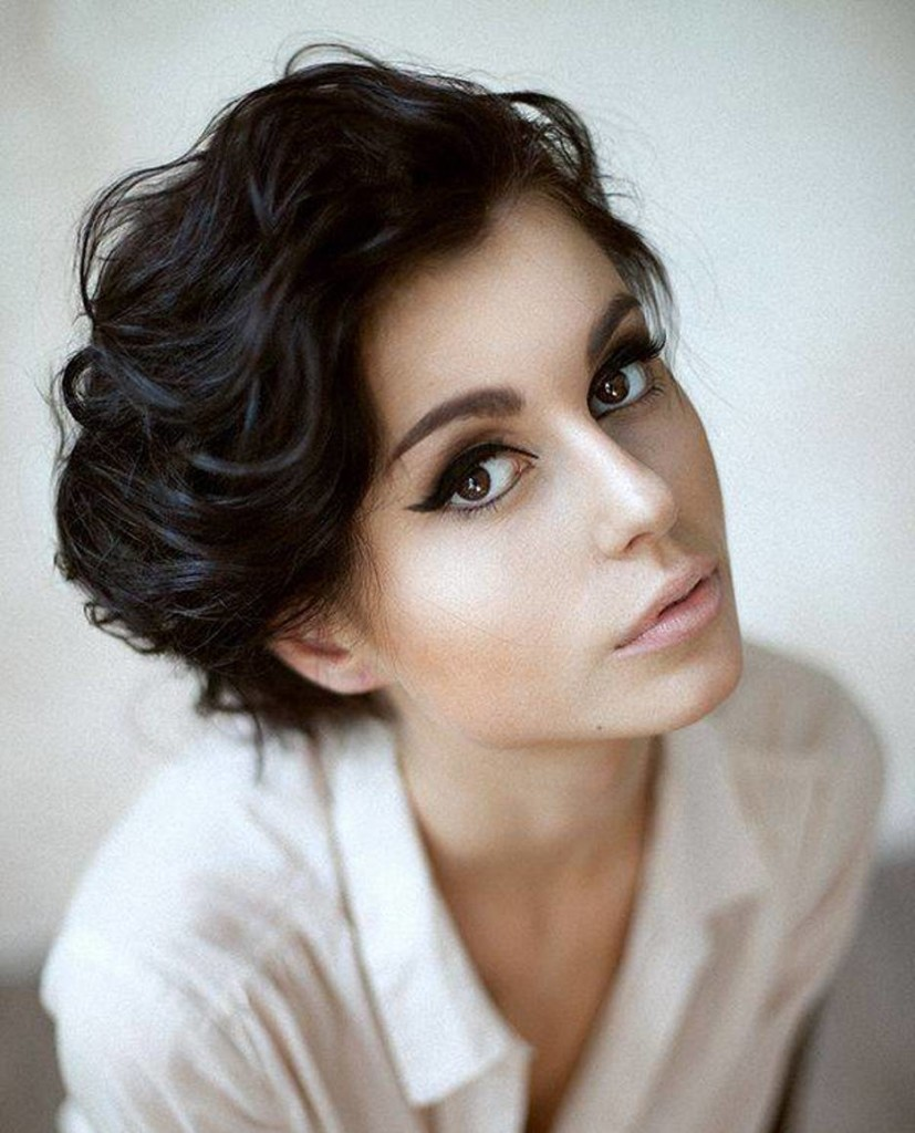 short-black-natural-curly-hairstyles-20