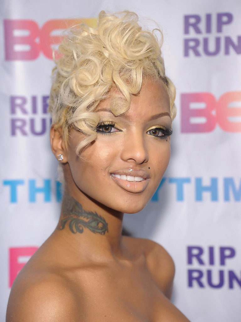 9 Most Interesting Short Blonde Hairstyles For Black Women