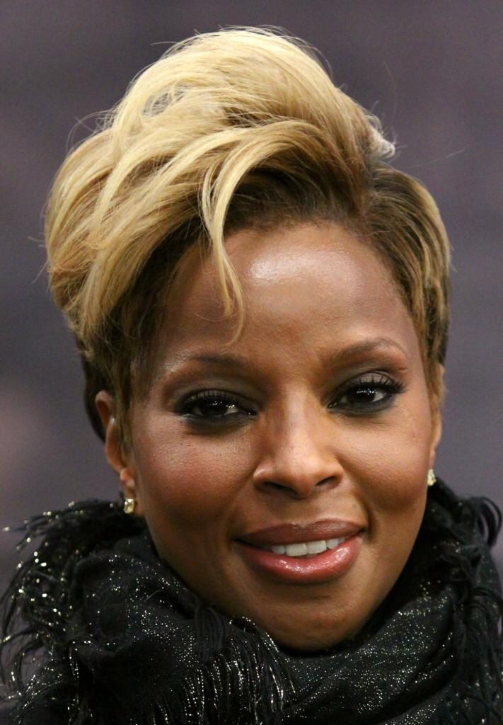 Super 9 Most Interesting Short Blonde Hairstyles For Black Women Hairstyles For Women Draintrainus