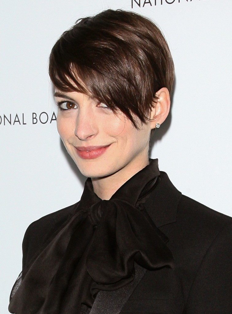 short-hairstyles-with-long-bangs-11