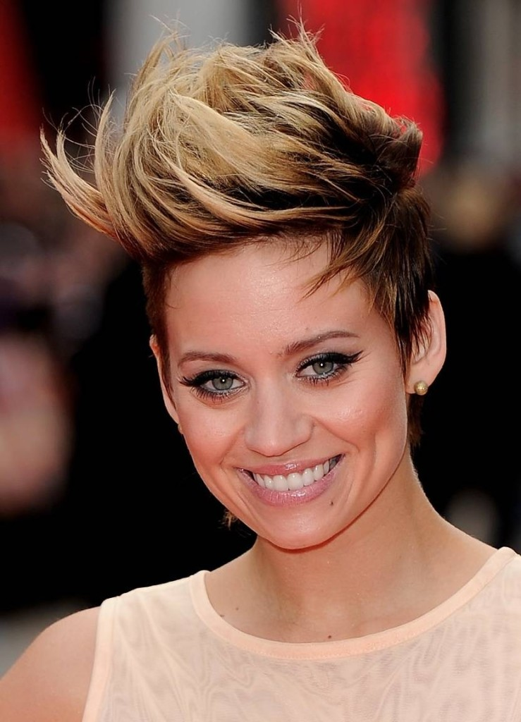 short-hairstyles-with-long-bangs-16