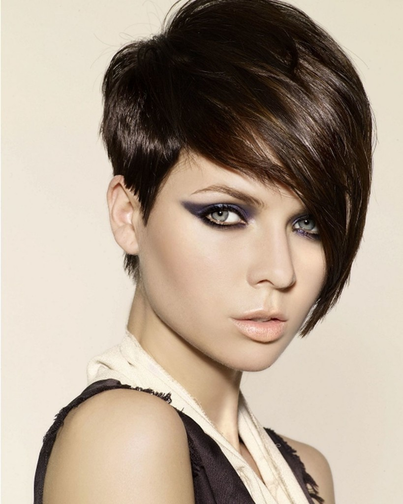 short-hairstyles-with-long-bangs-17