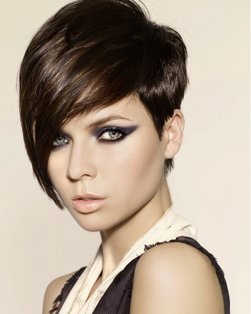 short-hairstyles-with-long-bangs-23