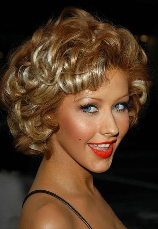 short-natural-curly-hairstyles-15