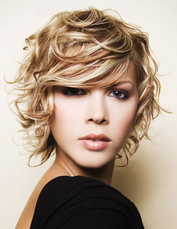 short-natural-curly-hairstyles-18