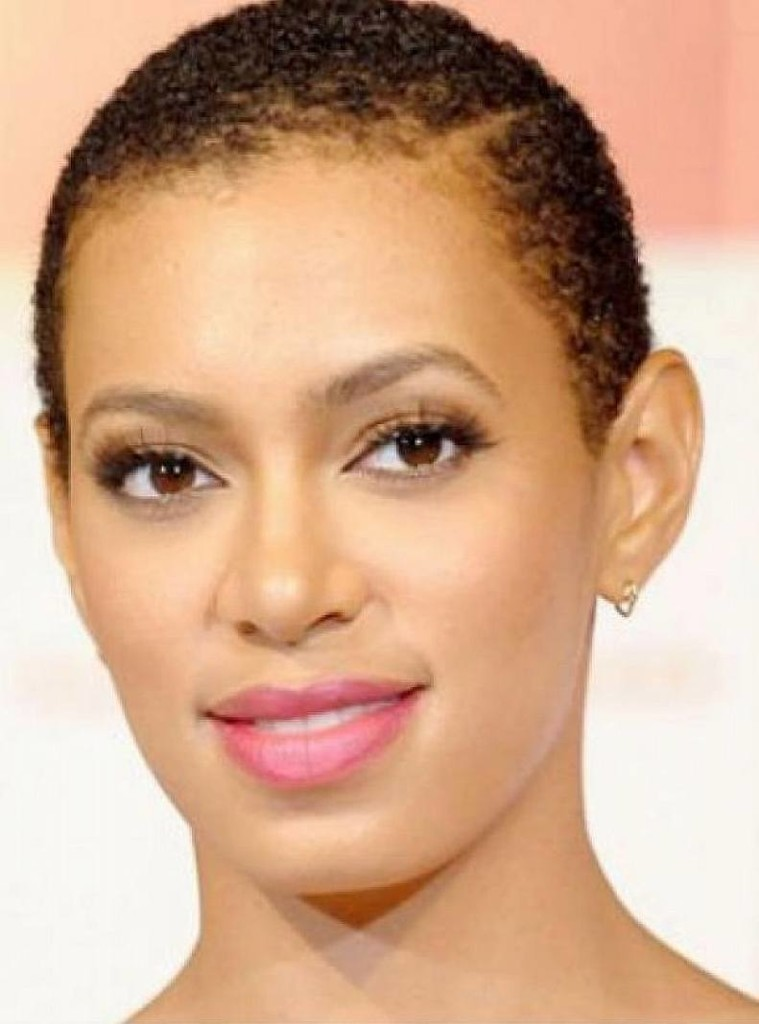 short-natural-hairstyles-for-black-women-with-round-faces-6