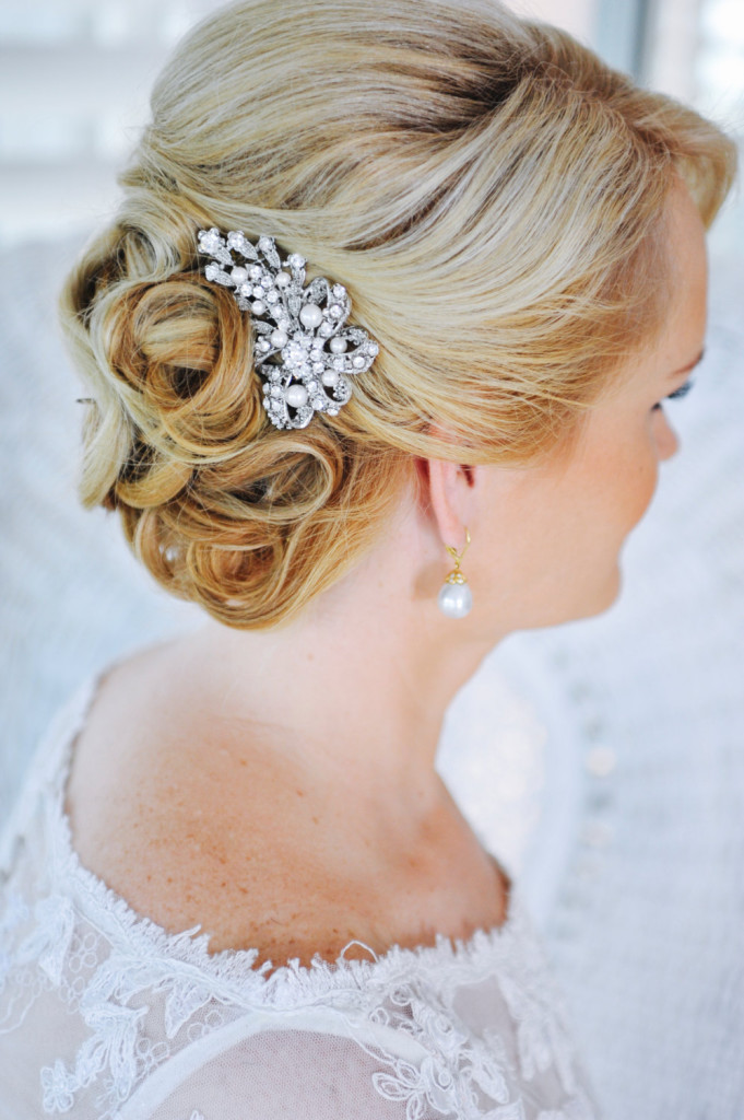 wedding styles for fine hair 39 walk the aisle with amazing wedding hairstyles for 3474 | wedding hairstyles for thin hair 121 681x1024