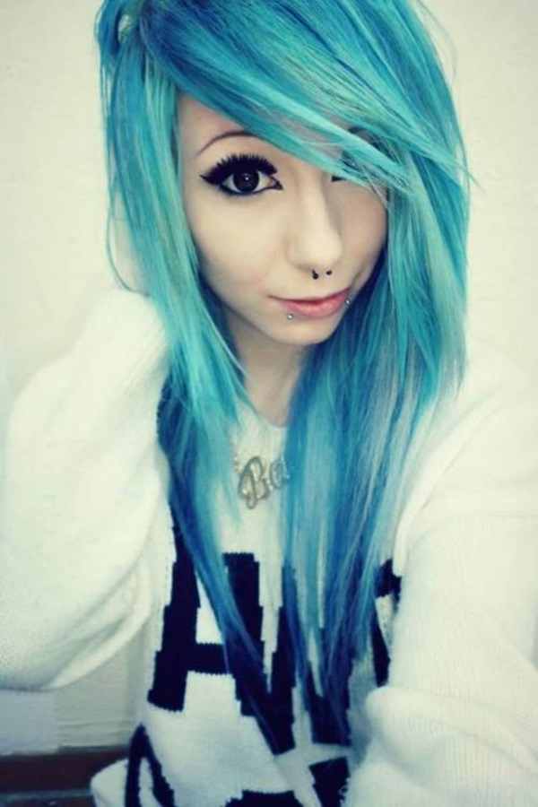 emo-hairstyles-for-girls-28
