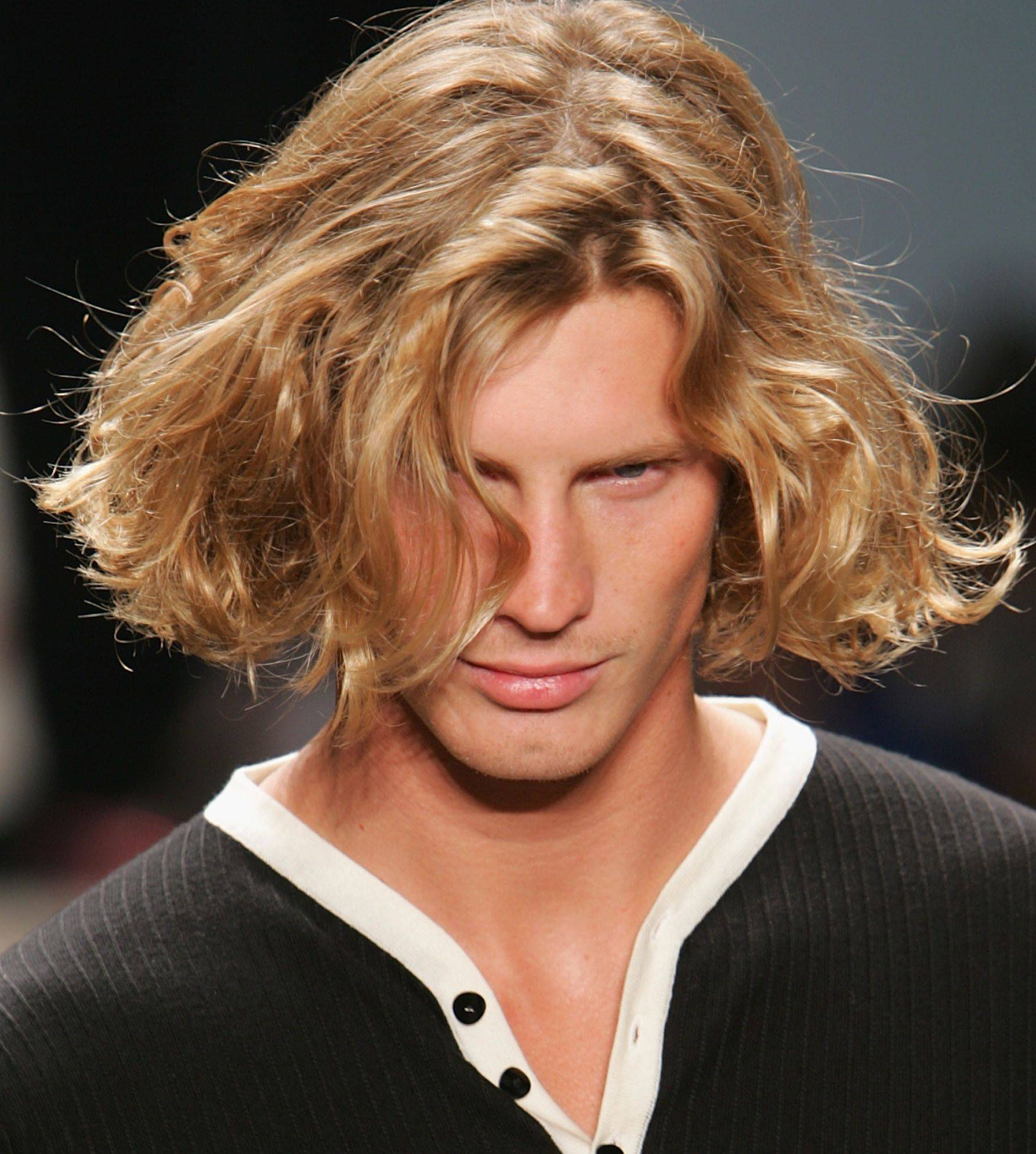 24 Long hairstyles for men. Embrace your inner confidence and let it ...