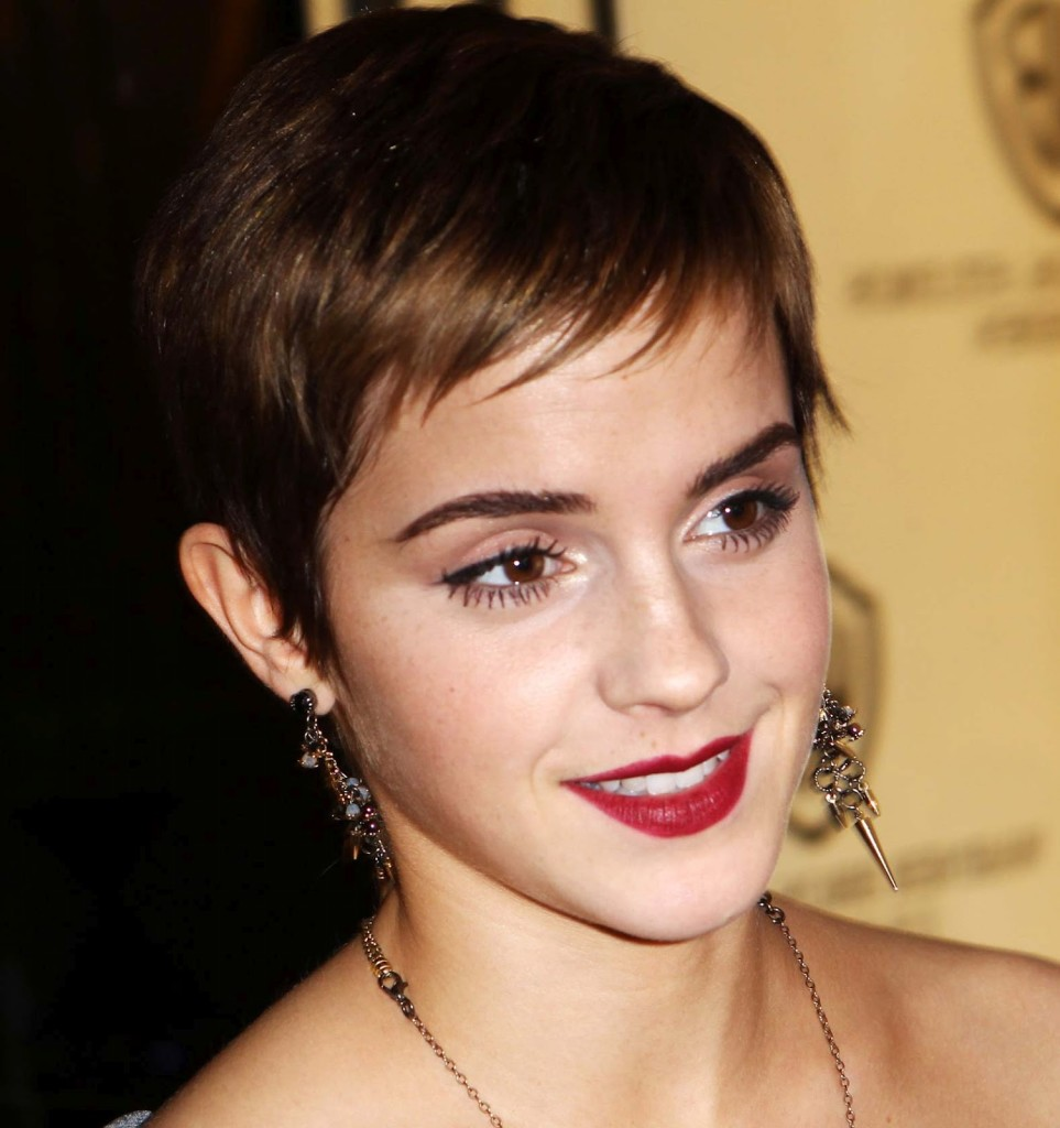 short hairstyles with bangs - 32