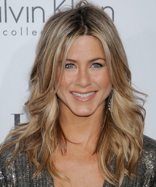 3 Types of Hairstyles by Jennifer Aniston (11)