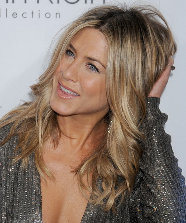 3 Types of Hairstyles by Jennifer Aniston (14)