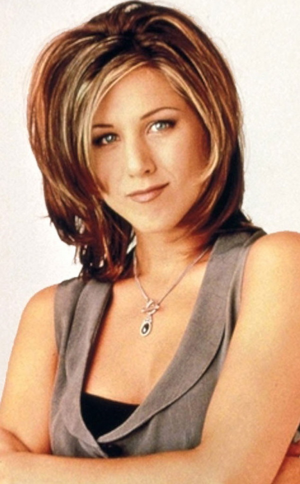 3 Types of Hairstyles by Jennifer Aniston (2)