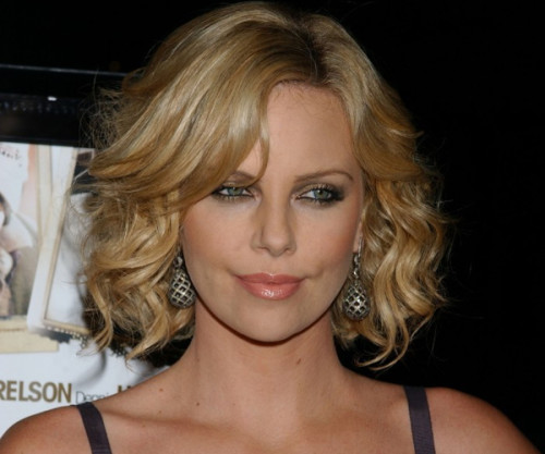 Curly Bob Hairstyles 7