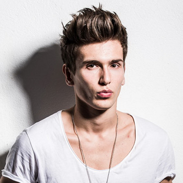 Modern and Stylish. The Quiff Hairstyle (3)