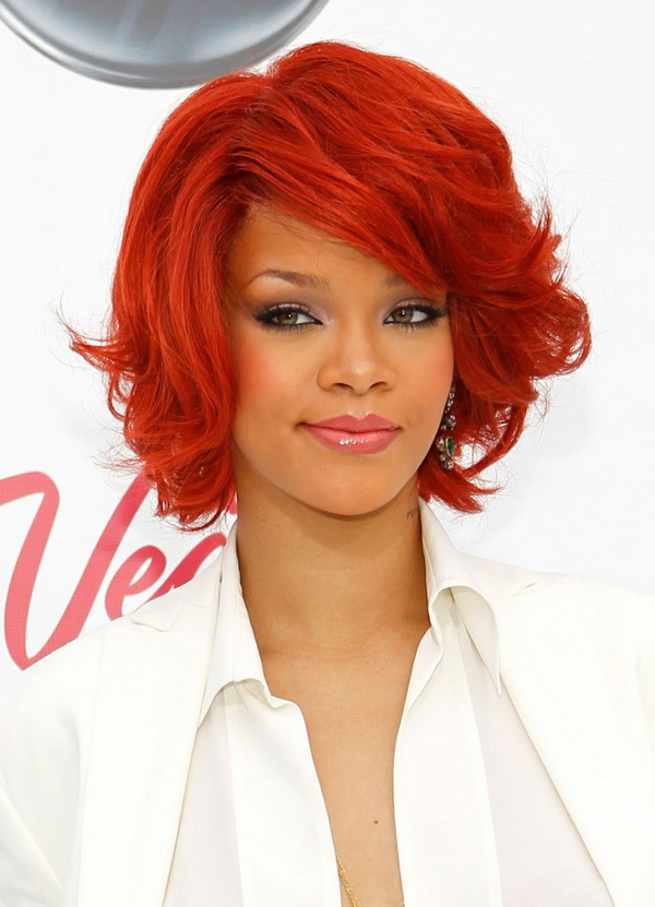 Rihanna-red-hairstyles-for-short-wavy-hair-739x1024