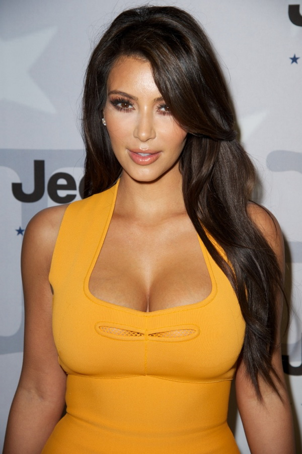 Top 3 Hairstyles by Kim Kardashian (1)