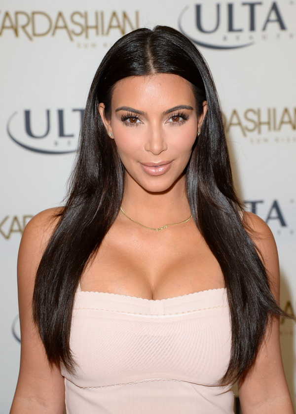 Top 3 Hairstyles by Kim Kardashian (6)