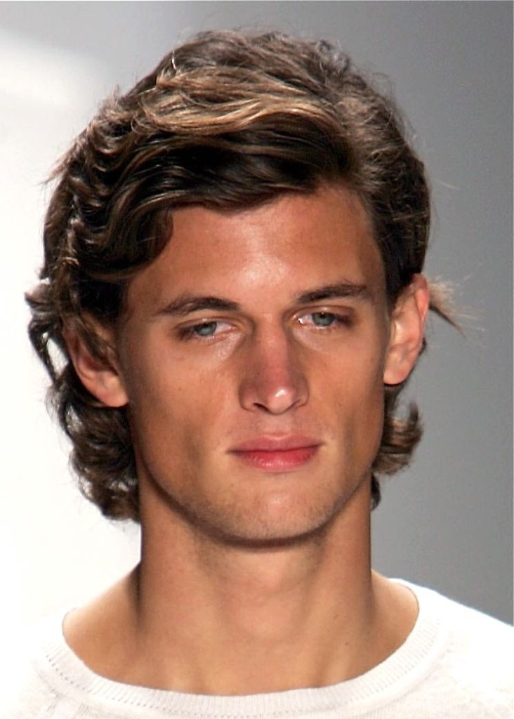 mens-medium-hairstyles-46