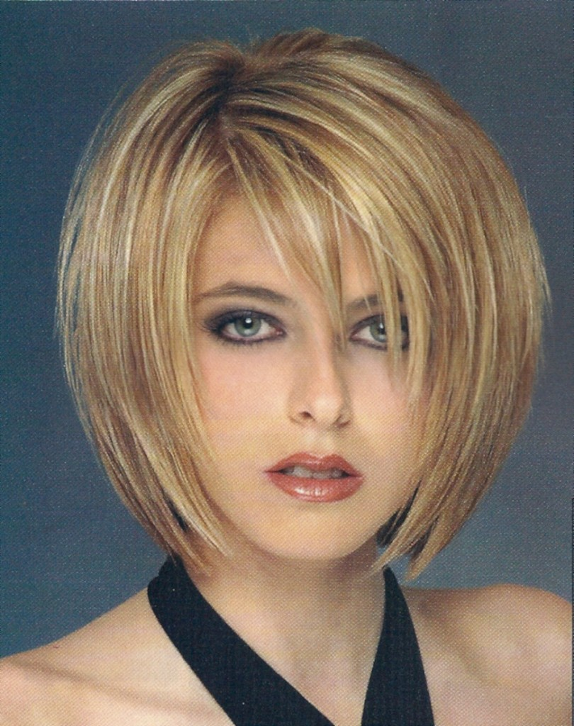 a-line-hairstyles-with-bangs-13