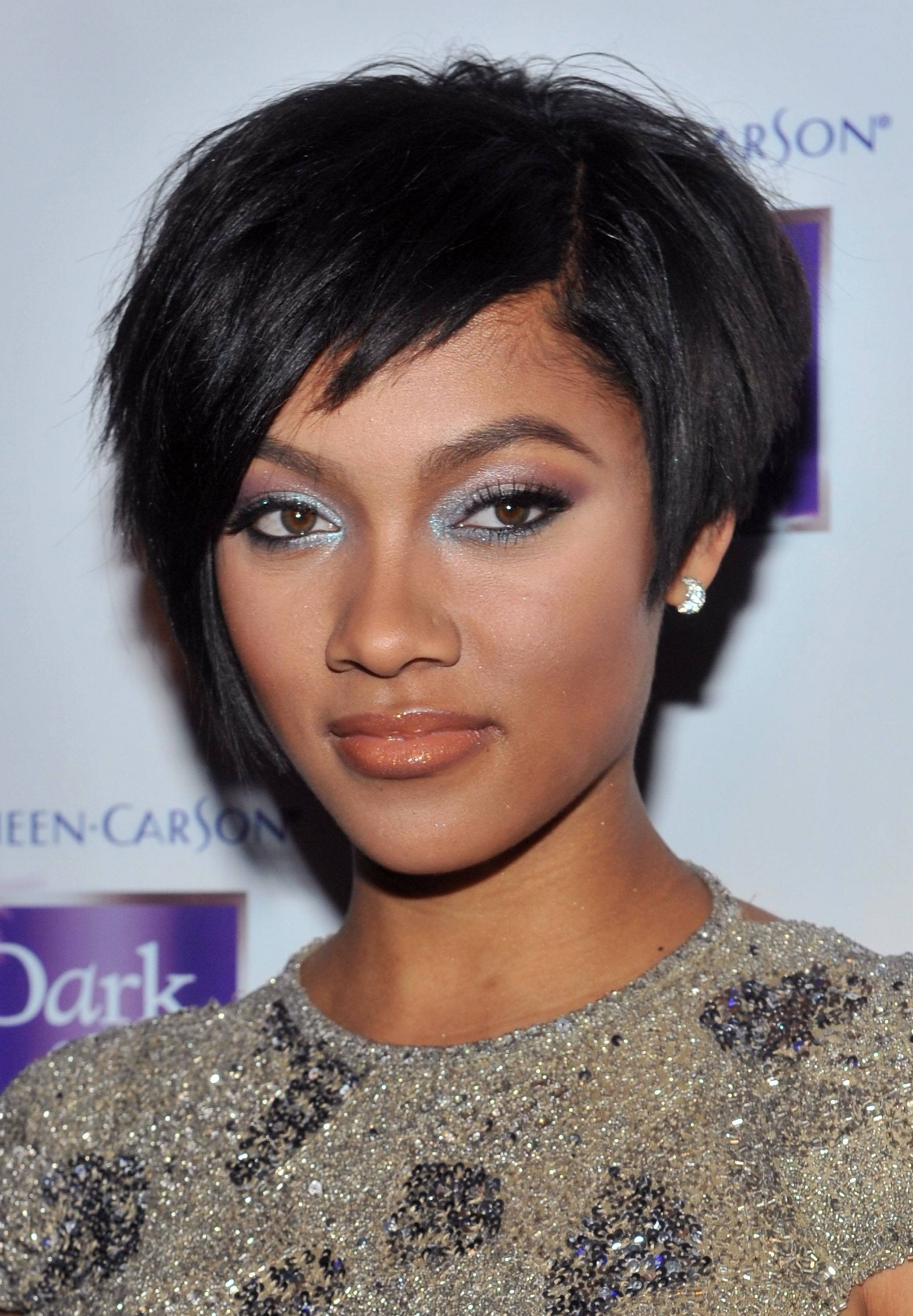 12 Captivating African American Short Hairstyle With Bangs ...