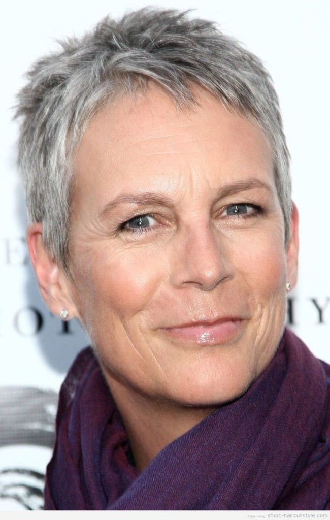 best-short-hairstyles-for-women-over-50-13