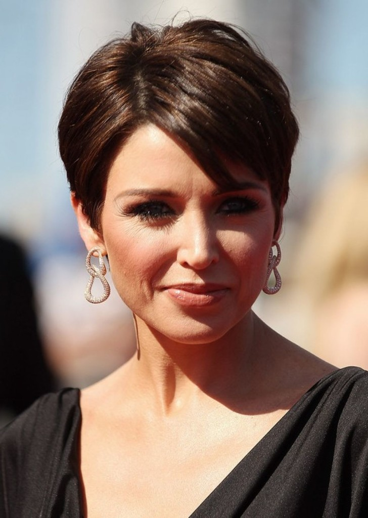 best-short-hairstyles-for-women-over-50-16