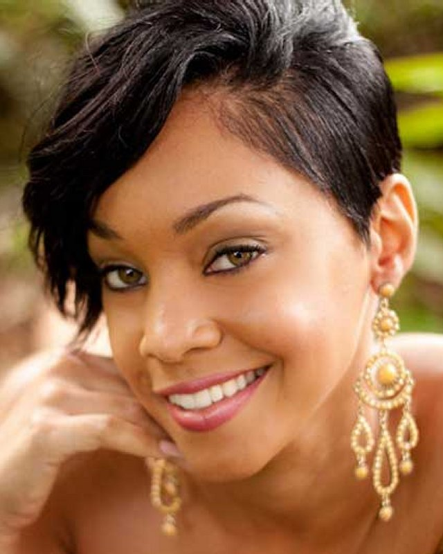 Fine 32 Most Cute Short Hairstyles For Black Women Hairstyles For Woman Short Hairstyles Gunalazisus
