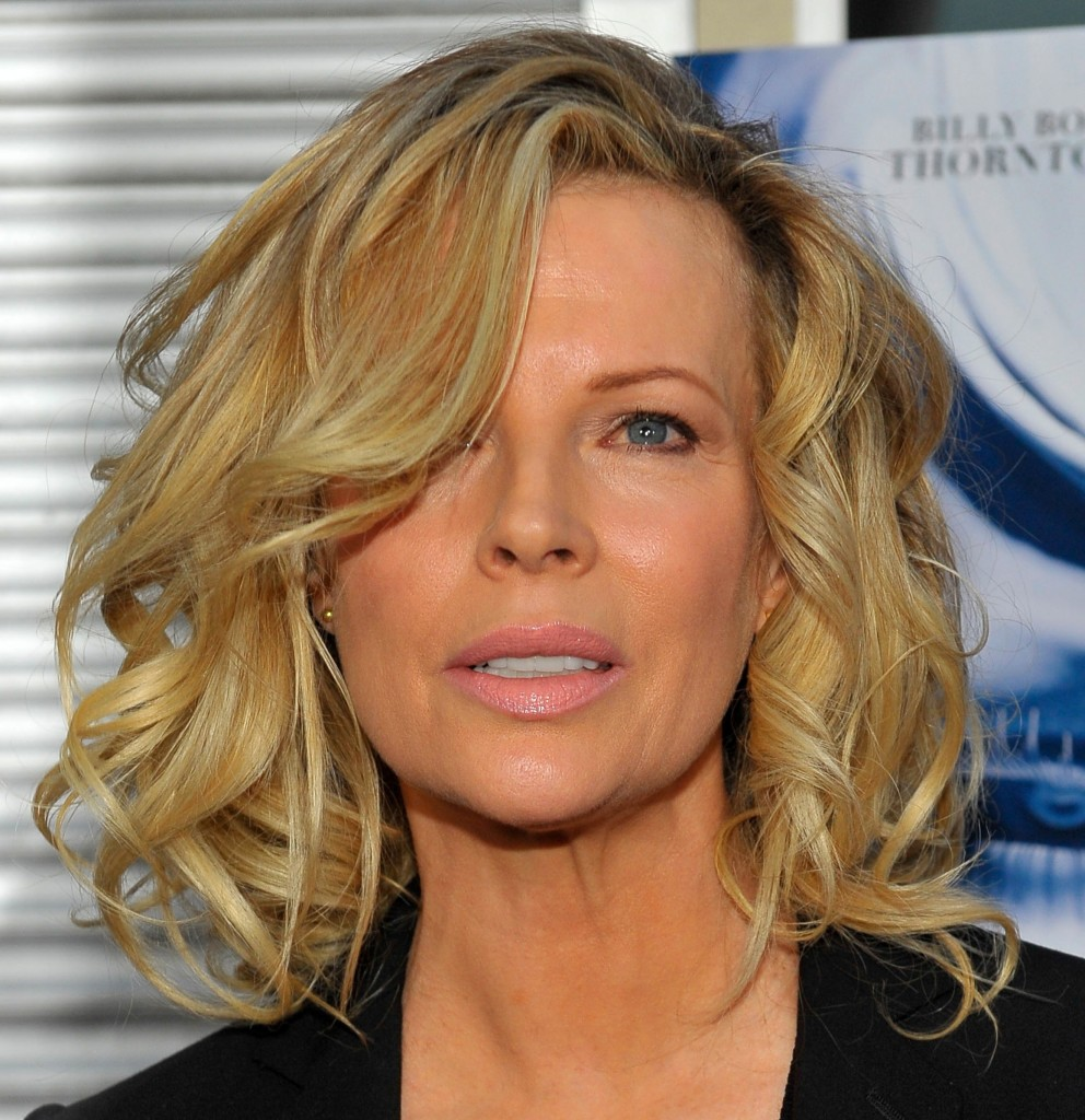 flattering hairstyles for women over 50 - 12