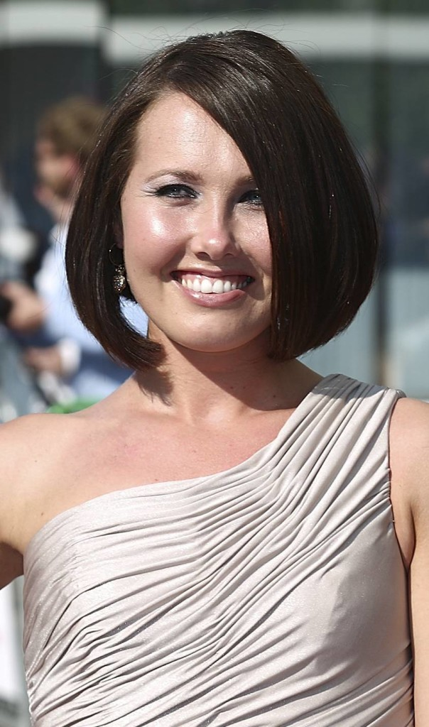 18 Outstanding Hairstyles For Round Long And Fat Faces Hairstyles