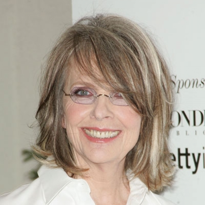 hairstyles-with-bangs-and-glasses-11