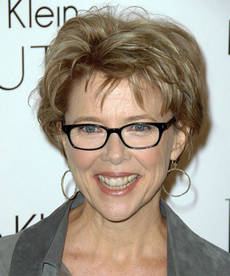 Short haircuts for women over 60 with glasses