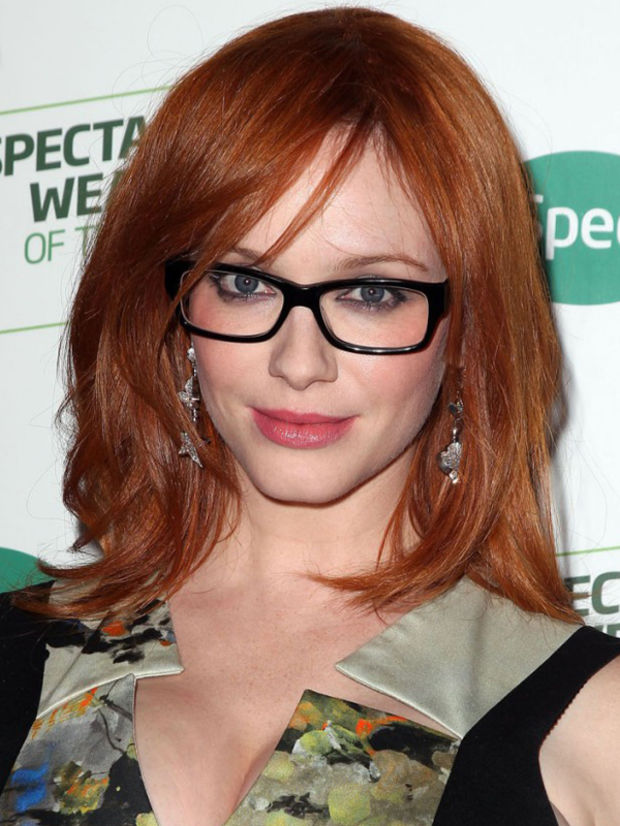 hairstyles-with-bangs-and-glasses-21
