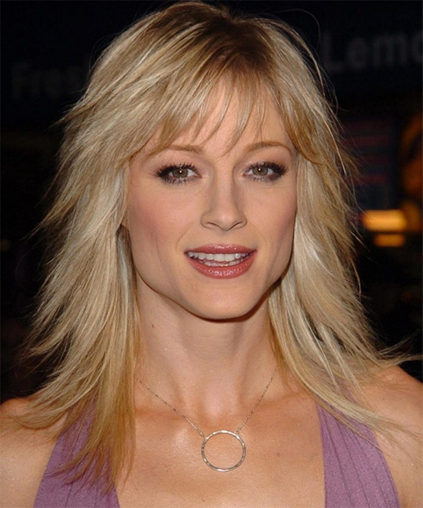 medium straight hairstyles with bangs - 21