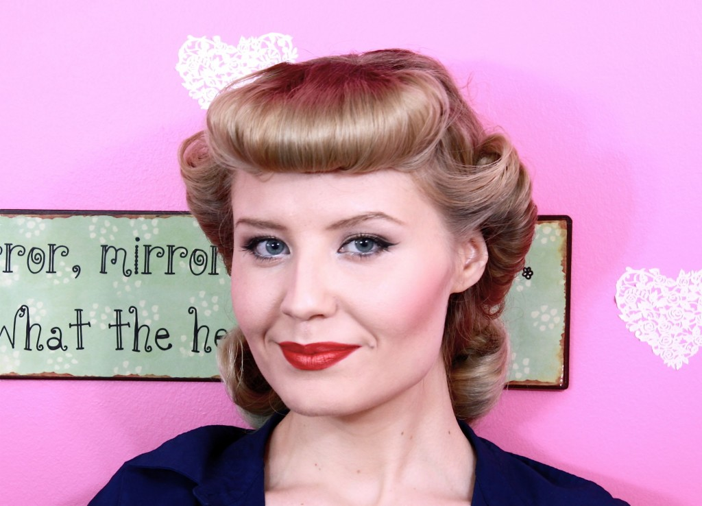 pin-up-hairstyles-with-bangs-18