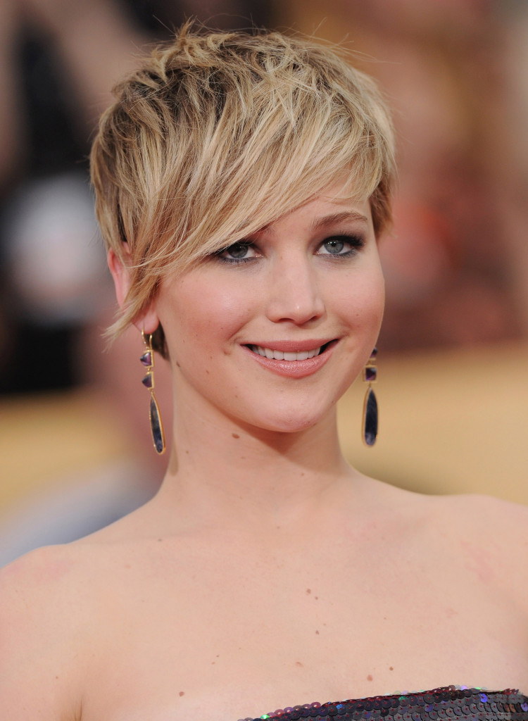 pixie hairstyles with long bangs - 12
