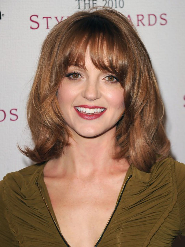 popular hairstyles with bangs - 4